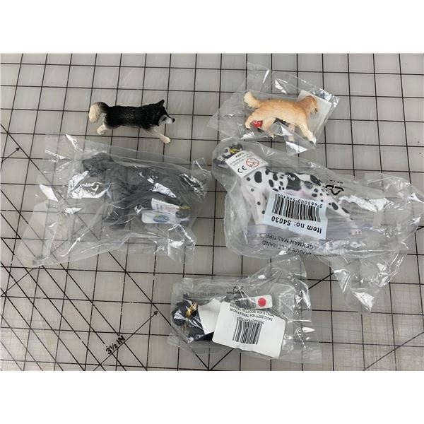 LOT OF SCHLEICH TOY DOGS NOS