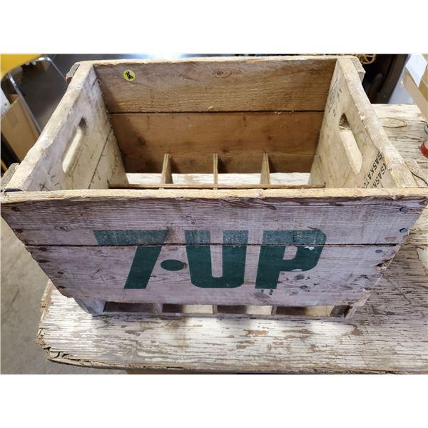 7-UP 26 OZ DIVIDED POP CASE
