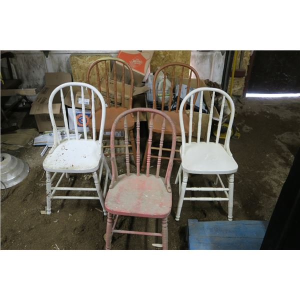 5 Chairs, 1 Damaged