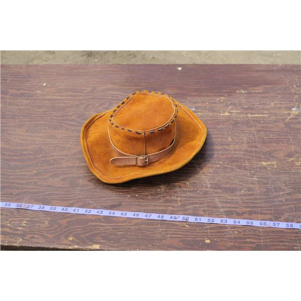 Suede Hat With Buckle