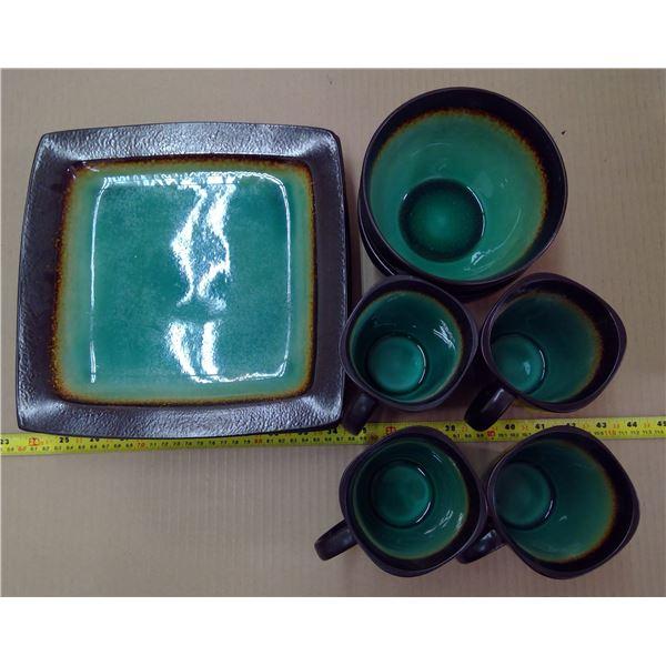 Dishes - Cobalt Blue & Brown - 4 Mugs, 3 Plates, 2 Bowls