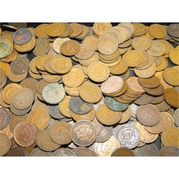 Lot of 200 Indian Head Cents - Average Circ.