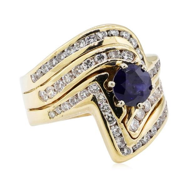 1.97 ctw Sapphire and Diamond Ring - 14KT Yellow Gold