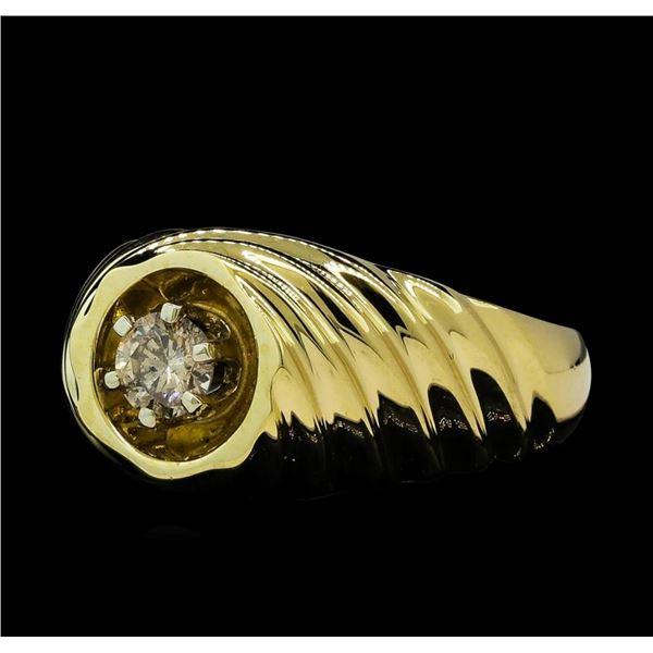 0.37 ctw Diamond Ring - 14KT Yellow Gold