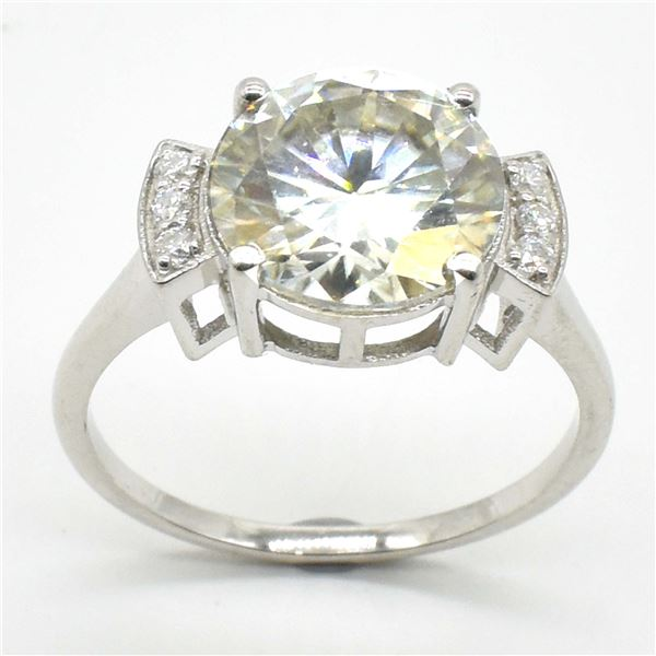 SILVER CERTIFIED MOISSANITE (ROUND 10.50 & 1.5 MM)