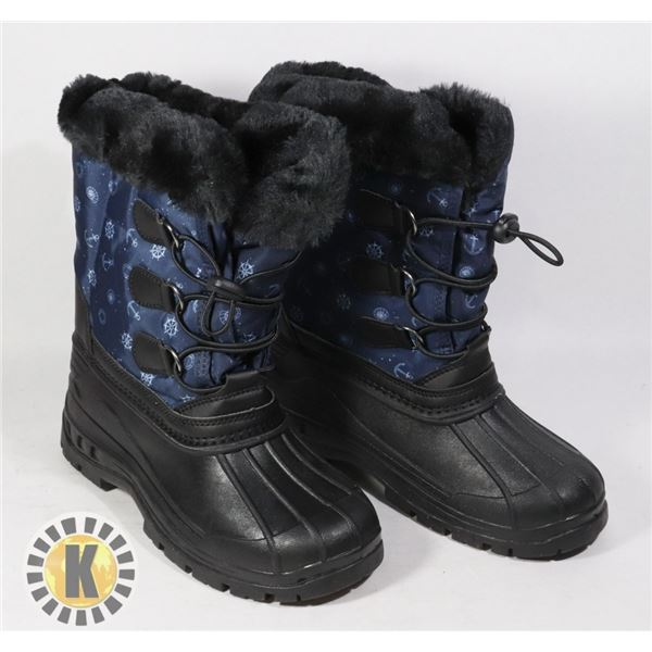 WINTER BOOTS KIDS SIZE 35 BLACK AND NAVY