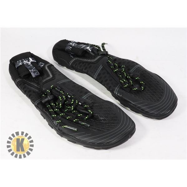 WATER SHOES SIZE 41