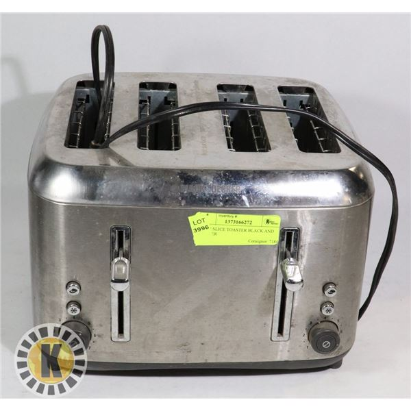 FOUR SLICE TOASTER BLACK AND DECKER