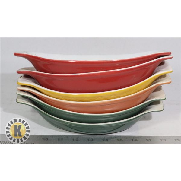 SET OF 6 LASAGNA DISHES  COLORED