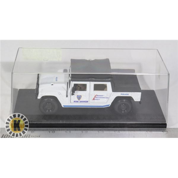 MODEL HUMMER POLICE VEHICLE - IN VIEW CASE