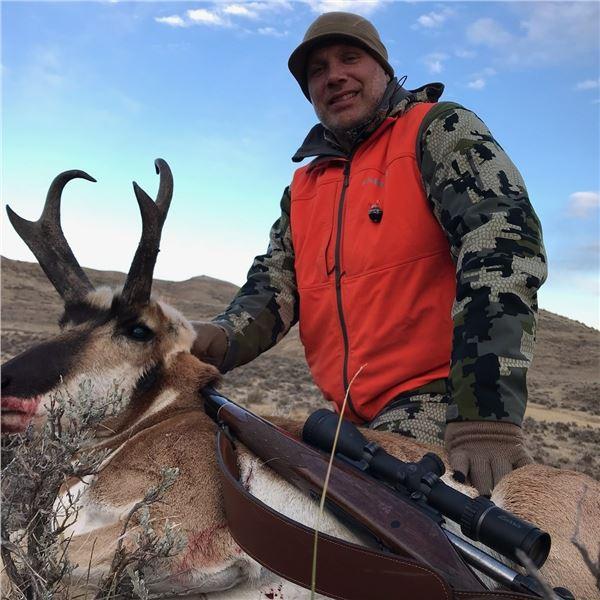 Wyoming Rifle Antelope Buck Hunt