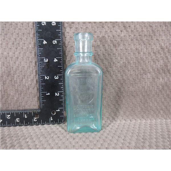 Collector Remington Glass Oil Bottle