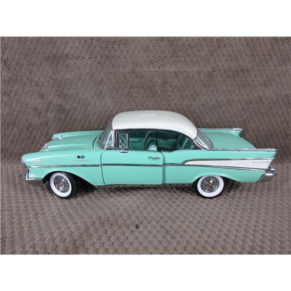 1957 Chevolet Belair Ertl 1/18 No Box