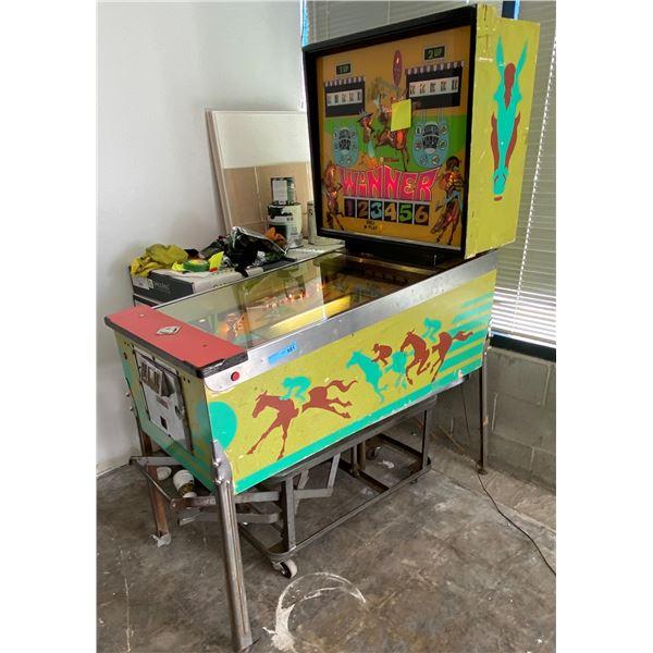 Williams Winner Pinball Machine