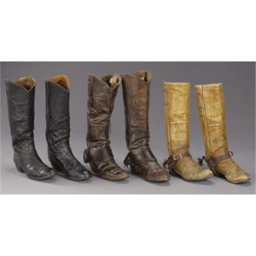 b56425dfe9f VINTAGE COWBOY BOOTS AND SPURS: a) High top b