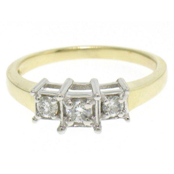 14k Yellow Gold 0.19 ctw Illusion Set Round Brilliant Diamond 3 Stone Ring
