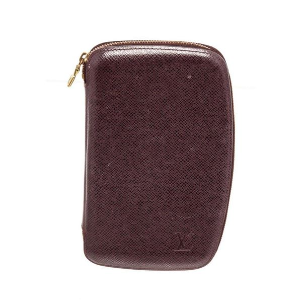 Louis Vuitton Purple Taiga Leather Organizer