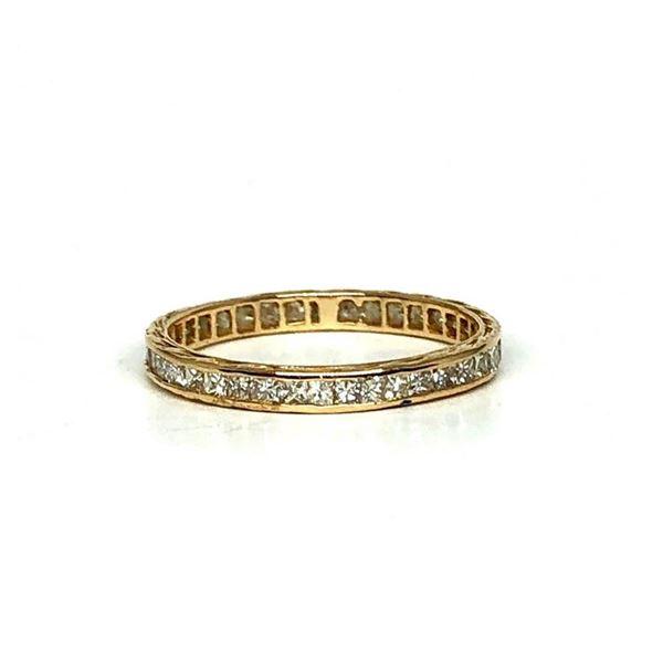 0.76 ctw Diamond Ring - 18KT Yellow Gold