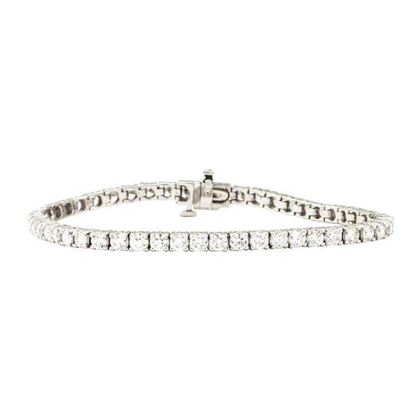 5.50 ctw Round Brilliant Cut Diamond Tennis Bracelet - 14KT White Gold