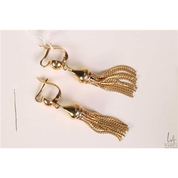 18kt yellow gold tassel earrings, gold stamped marked 750