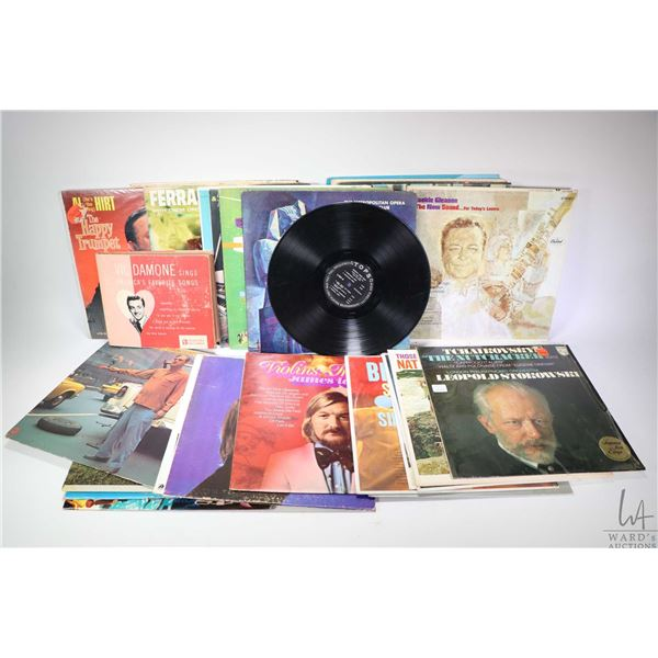 Selection of vintage record albums including Everly Brothers, Rodney Dangerfield, James Last, Charli