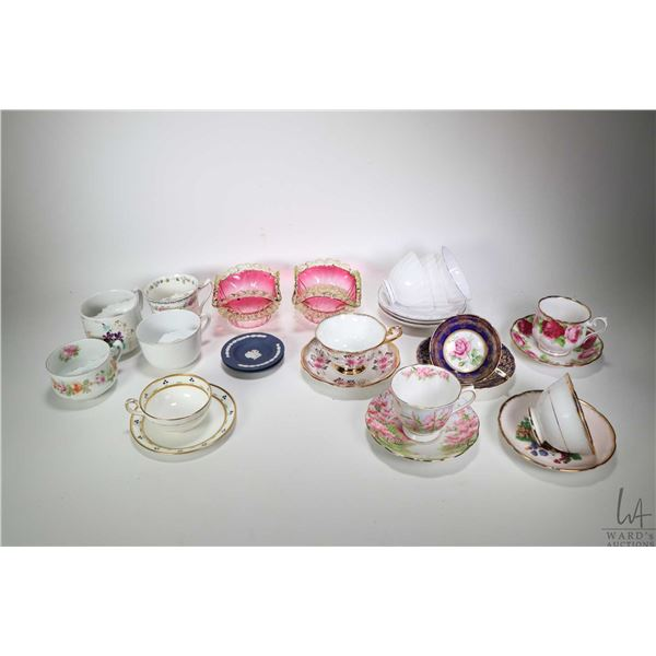 Two trays of china collectibles including moustache cups, teacups and saucers including Tuscan, Para