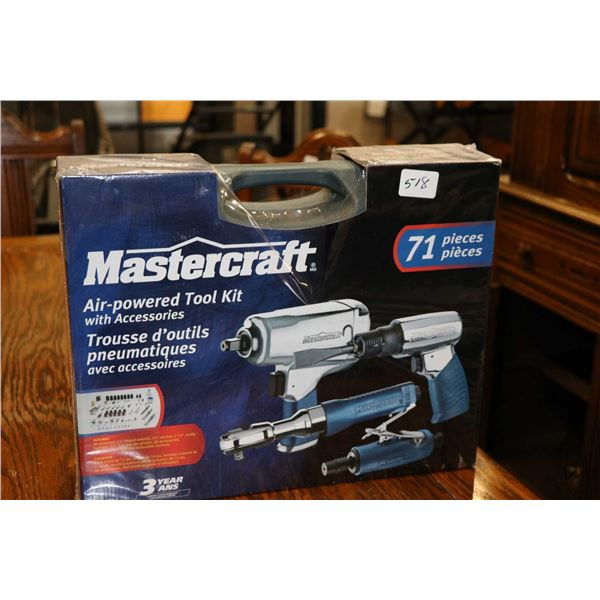 Mastercraft 71 pce. Pneumatic tool kit No. 058-7909-2 including 1/2  impact, 3/8  ratchet, die grind
