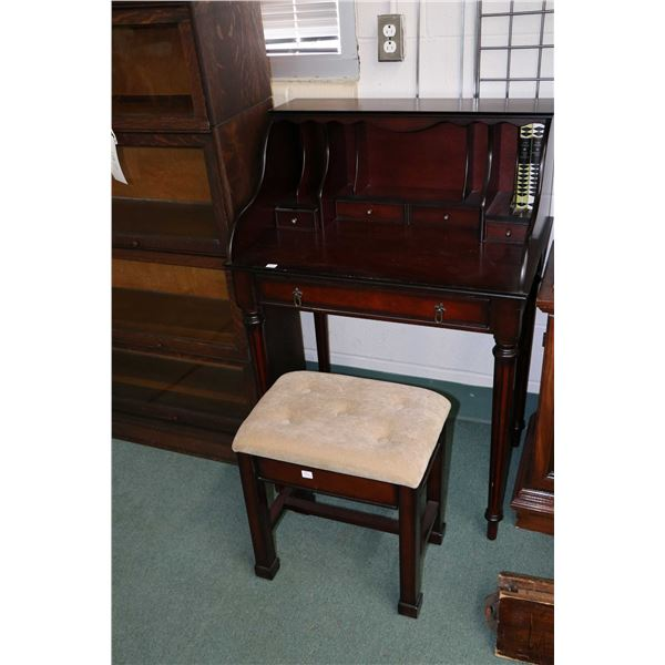 Small antique style writing desk with cubby hole backer and reeded supports plus a complimenting ben