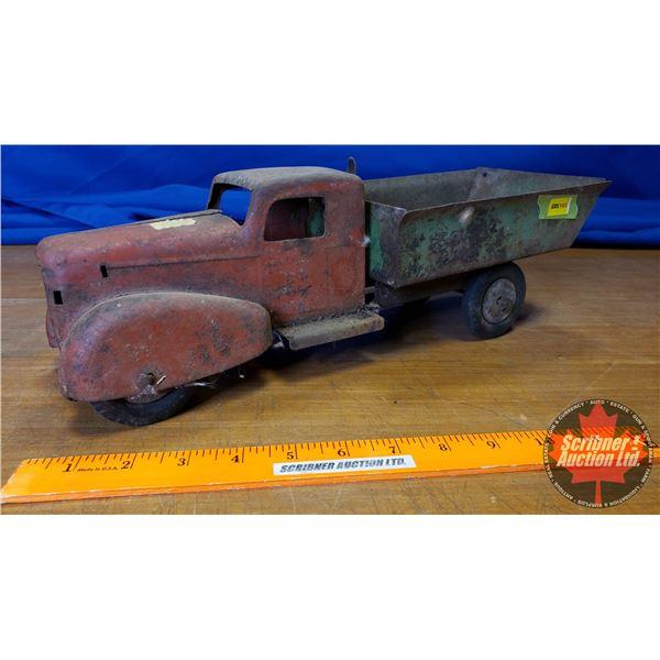 "Wyandotte Metal Toy Dump Truck (5""H x 16""L)"
