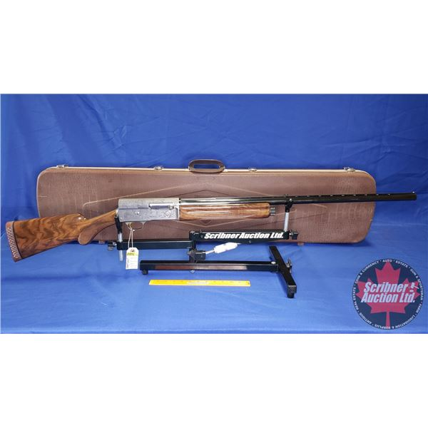 """SHOTGUN: Browning 12ga 3"""" Auto 5 Semi Auto : Duck's Unlimited Edition 1991 with DU Hard Shell Case ("""