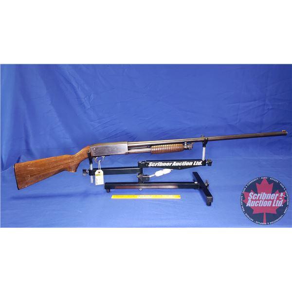 "SHOTGUN: Ithaca 37 Featherlight 12ga 2-3/4"" Pump (S/N#546714-4)"