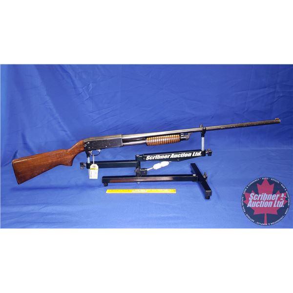 "SHOTGUN: Ithaca 37 Featherlight 16ga 2-3/4"" Pump (S/N#786237-4)"