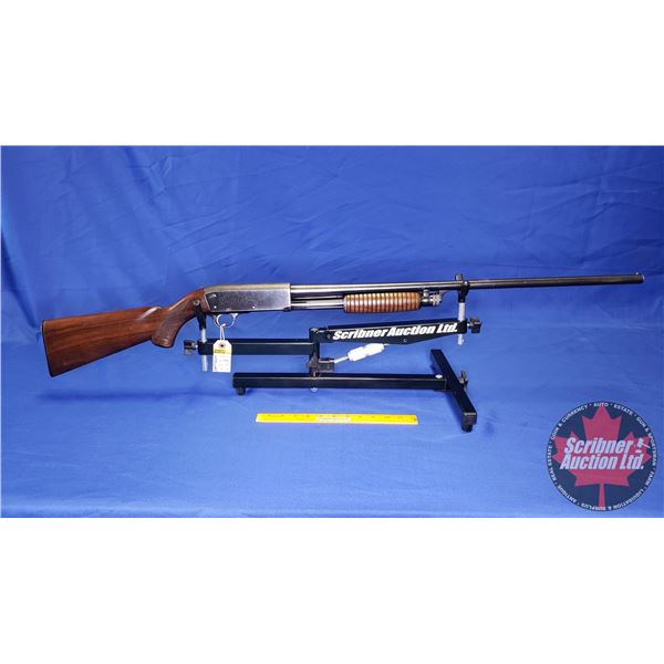 "SHOTGUN: Ithaca 37 Featherlight Pump 16ga 2-3/4"" (S/N#558801-04)"