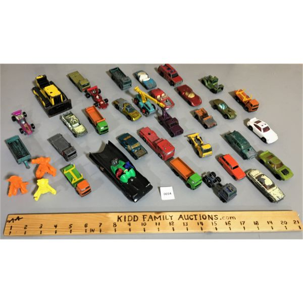LOT OF VARIOUS TOY CARS