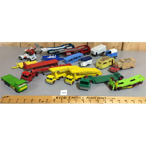 LOT OF VARIOUS TOY CAR TRAILERS & ACCESSORIES