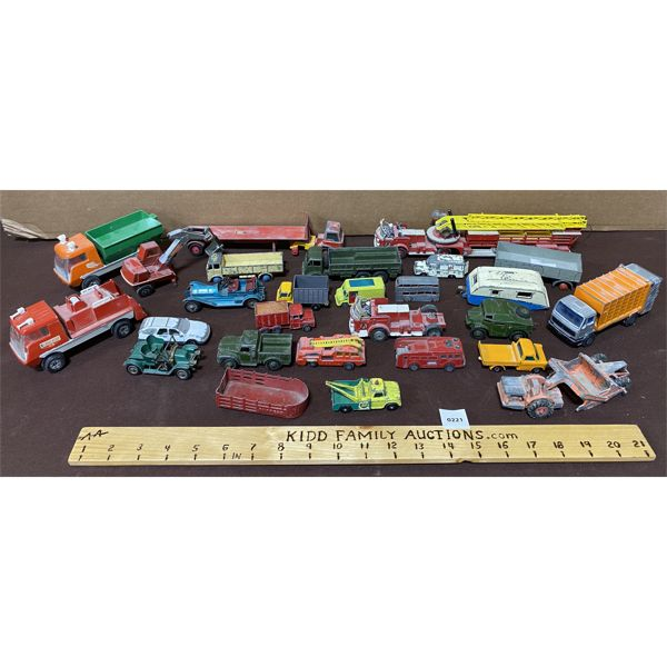 LARGE LOT OF 27 ASSORTED DIECAST VEHICLES