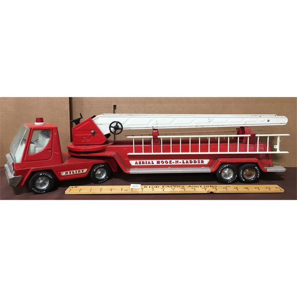 NYLINT PRESSED STEEL HOOK AND LADDER FIRE TRUCK