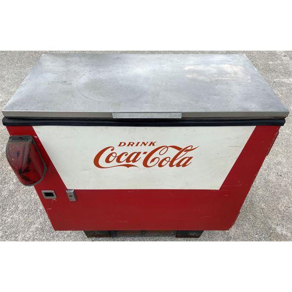 VINTAGE COKE COOLER/VENDING MACHINE
