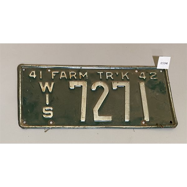 LICENCE PLATE - 1941 - 42 FARM - WISCONSIN
