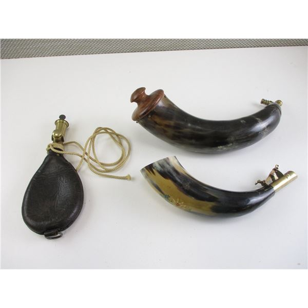 POWDER HORNS AND SHOT FLASK