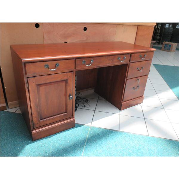 """Wooden Lexington Desk w/ Drawers 62"""" x 24"""" x 31""""H"""