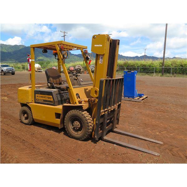 Komatsu FG25 Forklift, Does Not Run (Needs Repair)