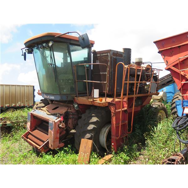 Byron 8400 Harvester - Does Not Run, Flat Tire, Buyer Responsible for Removal