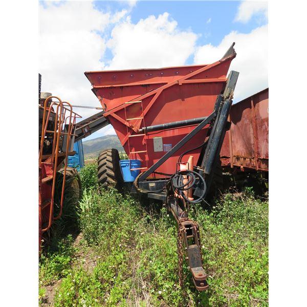 Byron Dump Cart