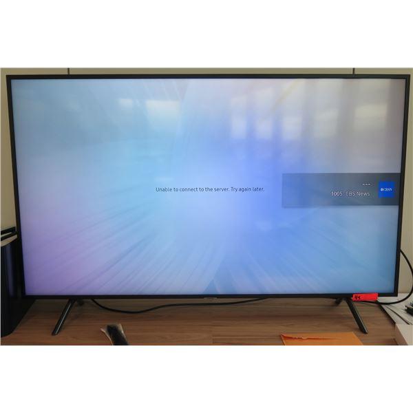 Samsung Flat Screen TV Television Tabletop