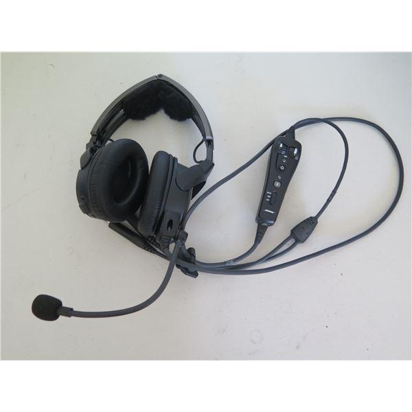 Bose A20 Aviation Headset w/ Soft Case