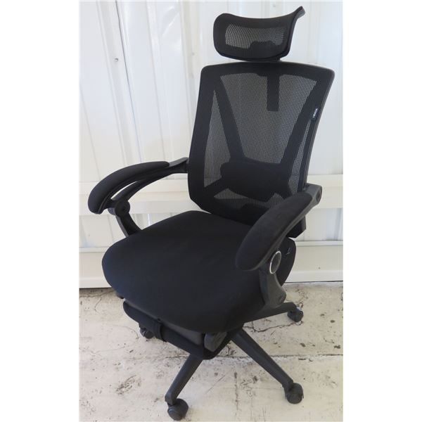HBADA Black Mesh Rolling Executive Office Arm Chair w/ Head & Foot Rest