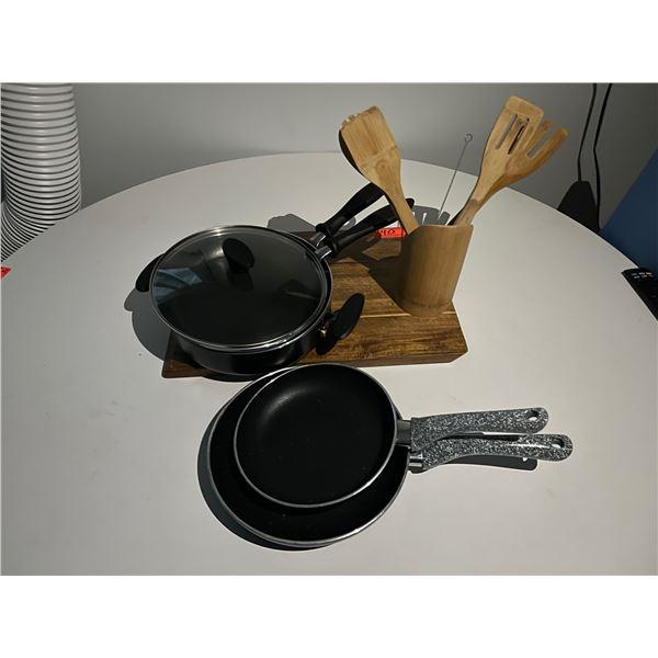 Qty 3 Farberware Frying Pans (w/ 1 Lid), Chopping Block & Wood Utensils