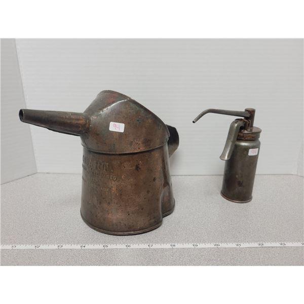 GSW 1 quart oil pitcher & 1 vintage squirt can
