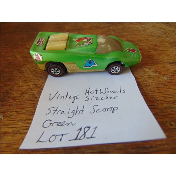 """""""STRAIGHT SCOOP"""" GREEN HOT WHEELS  """"RED LINE"""" SIZZLER 1969"""